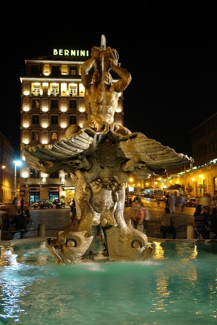 Fuente del Tritón en la Plaza Barberini