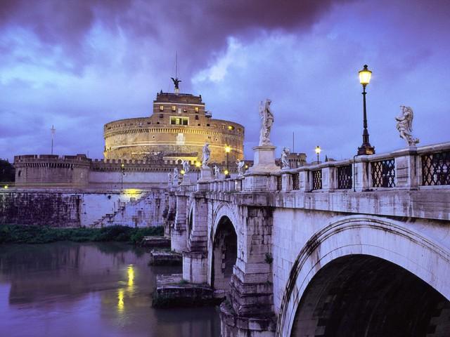 roma_castel-sant_angelo-and-bridge_-italy